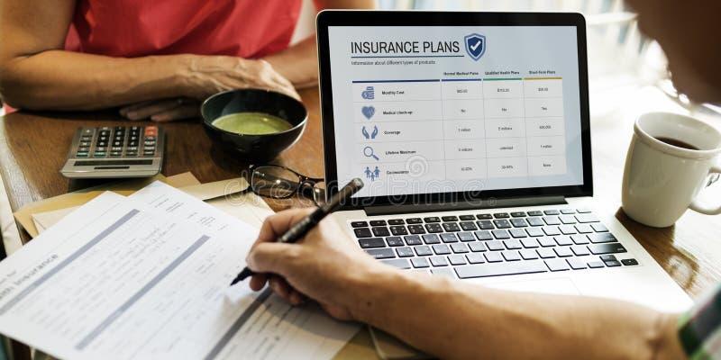 Concetto adulto senior di sanità di assicurazione sulla vita immagine stock