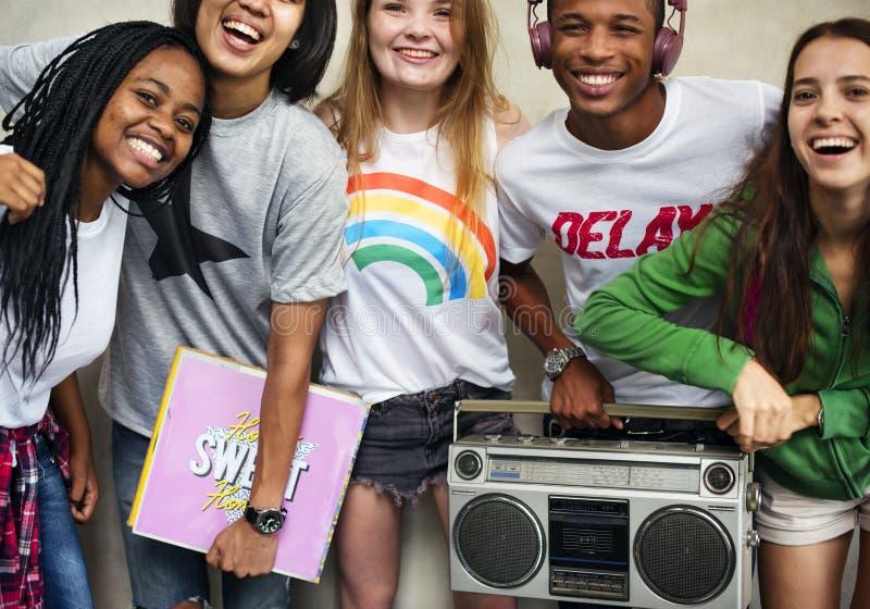 Concetto casuale di stile della gioventù della cultura di stile di vita degli adolescenti fotografie stock