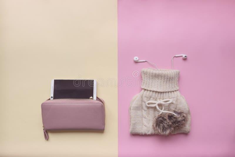 Concetto con gli accessori femminili fotografie stock