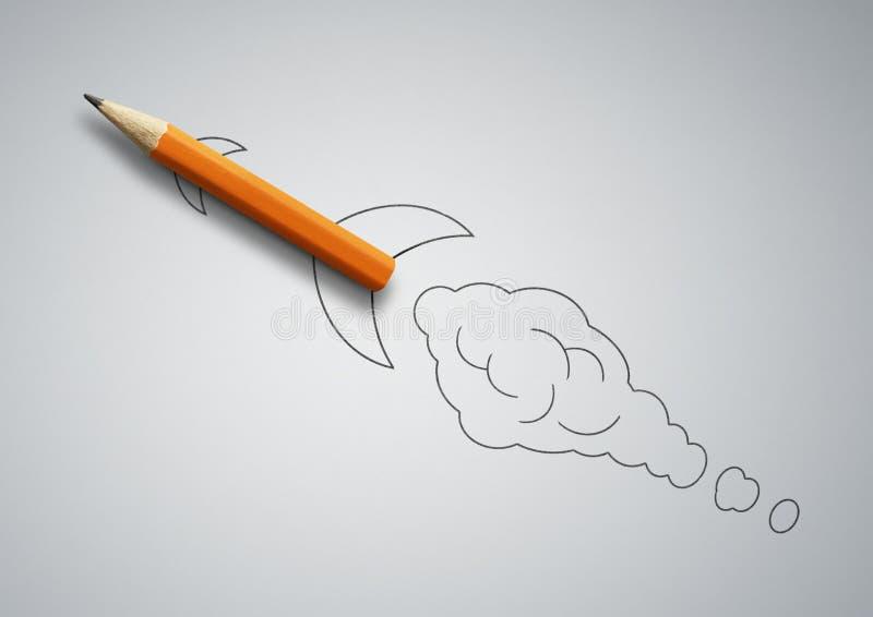 Concetto creativo Startup, matita come razzo tirato immagine stock libera da diritti