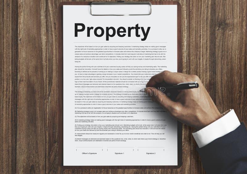 Concetto dei beni della forma del rilascio della proprietà immagini stock libere da diritti