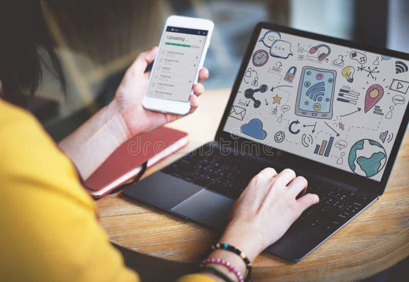 Concetto del collegamento di Media Communication del sociale immagine stock