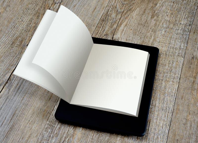 Concetto del lettore digitale del libro elettronico immagini stock libere da diritti