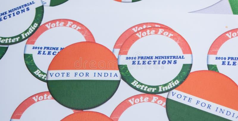 Concetto dell'elezione indiana, autoadesivi che mostrano voto per la migliore India immagini stock