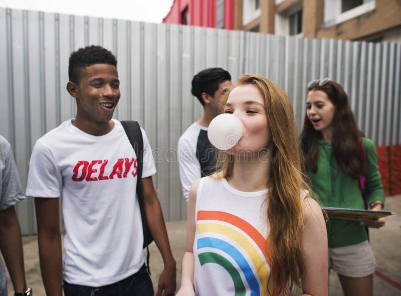 Concetto della cultura della gioventù di attività di unità di amicizia della gente fotografia stock libera da diritti