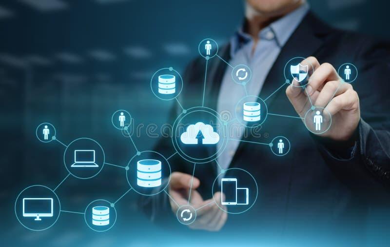 Concetto della rete di stoccaggio di Internet di tecnologia di computazione della nuvola fotografie stock libere da diritti