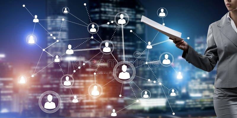 Concetto della rete moderna di affari che si collega e coopera la gente immagine stock