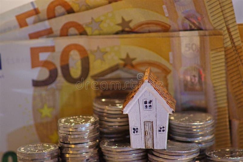 Concetto di acquisto della proprietà, concetto di finanziamento della casa, ottenente un prestito immagine stock