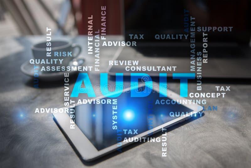 Concetto di affari di verifica auditor conformità Nuvola di parole fotografia stock