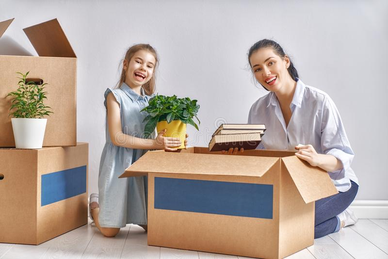 Concetto di alloggio per la famiglia fotografie stock libere da diritti