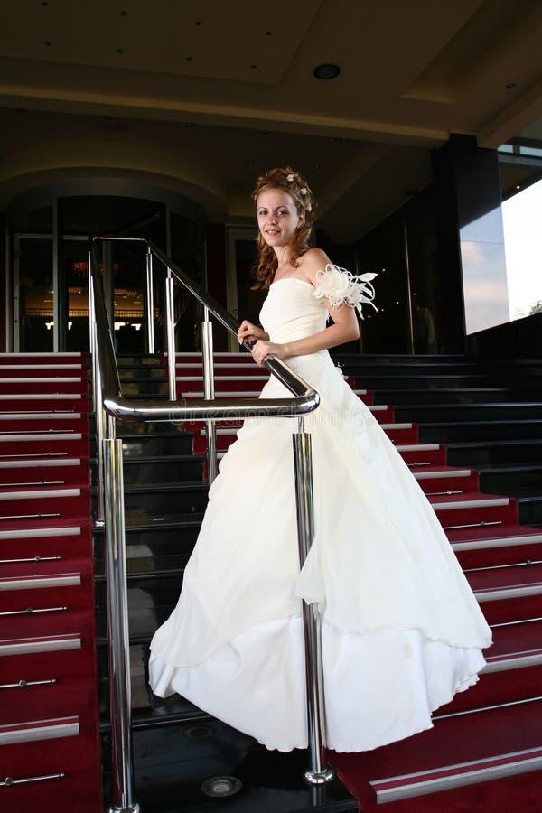 Concetto di cerimonia nuziale - vestito dalla sposa fotografia stock libera da diritti