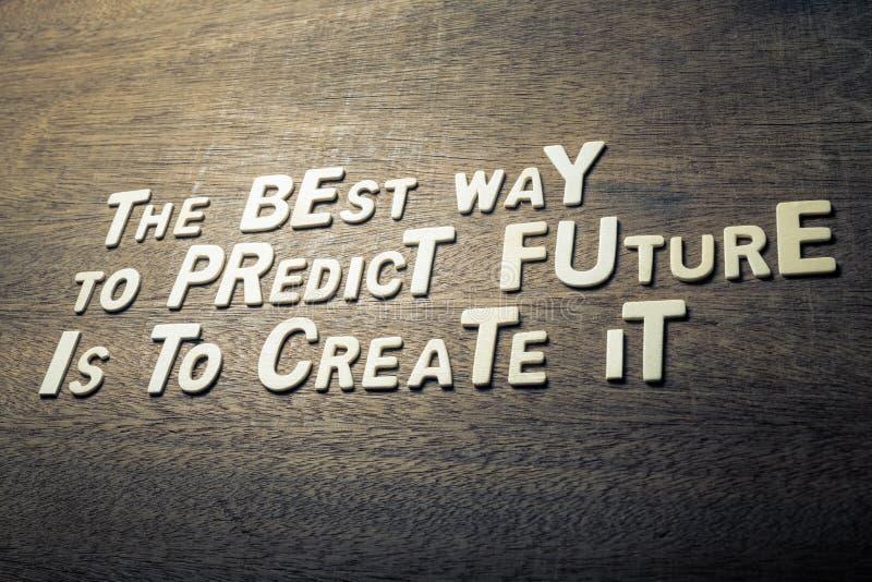 Concetto di citazione di successo sulla parete di legno fotografia stock