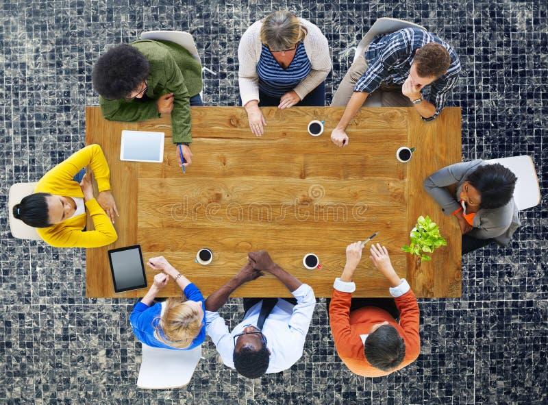 Concetto di collaborazione di discussione di 'brainstorming' di riunione fotografia stock
