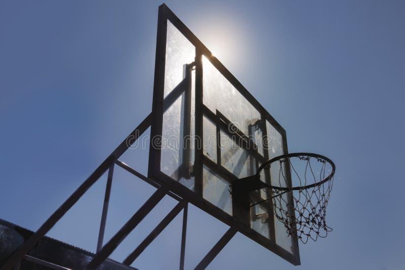 Concetto di conquista della concorrenza del punto di pallacanestro fotografia stock libera da diritti