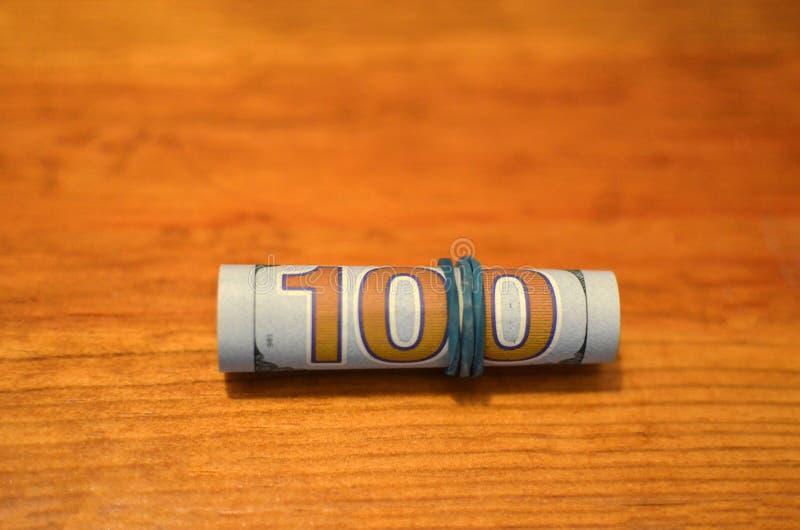 Concetto di corruzione Gli anti concetti della corruzione e di corruzione, soldi hanno offerto in archivio, dante immagine stock