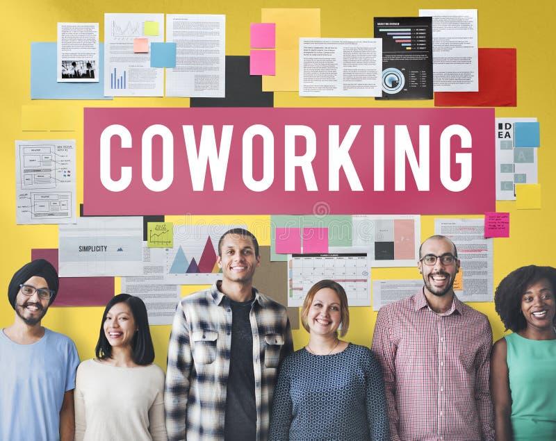 Concetto di creazione di imprese della Comunità dello spazio di Coworking fotografia stock libera da diritti