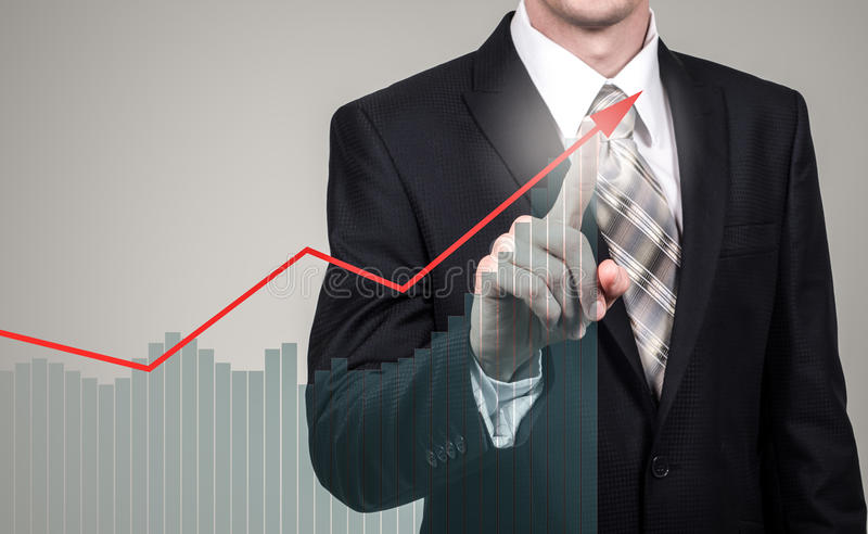 Concetto di crescita e di sviluppo Crescita di piano dell'uomo d'affari ed aumento degli indicatori positivi in suoi affare e fin fotografie stock