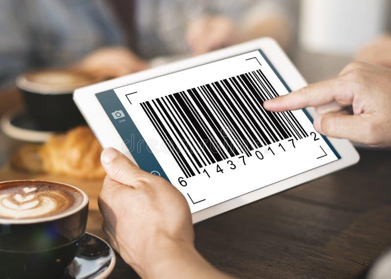 Concetto di crittografia dell'identificazione di dati di codice a barre fotografia stock libera da diritti