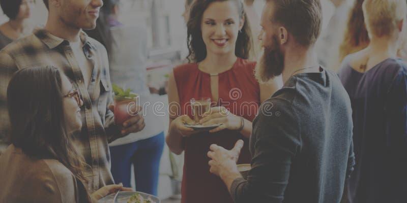 Concetto di Dinning del brunch del partito di buffet dei colleghi fotografie stock