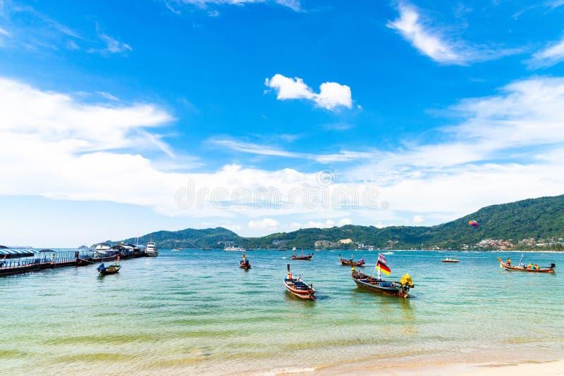 Concetto di estate, Phuket, Tailandia - gennaio 20,2018: variopinto della s fotografia stock