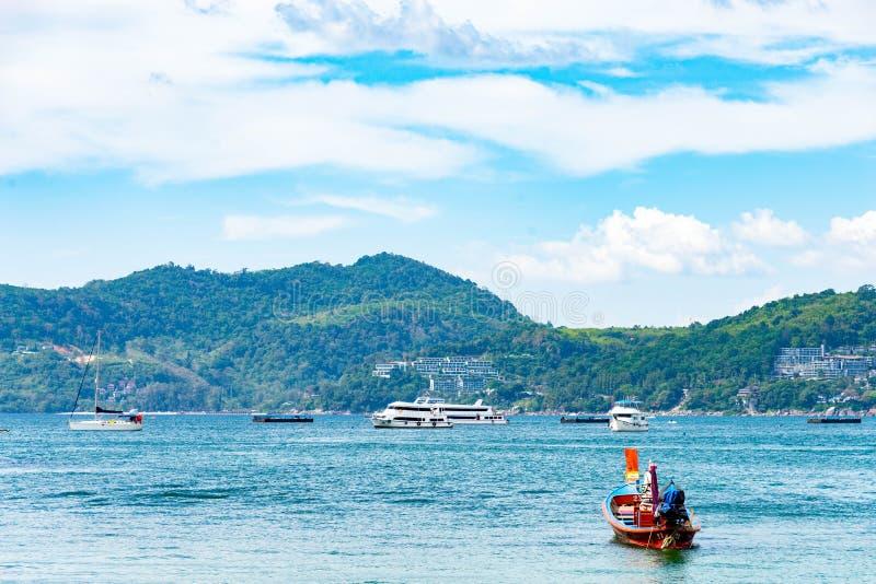 Concetto di estate, Phuket, Tailandia - gennaio 20,2018: variopinto della s fotografie stock libere da diritti