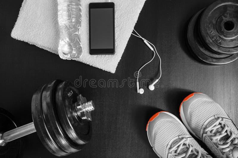 Concetto di forma fisica Attrezzatura di sport fotografia stock