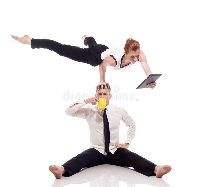 Concetto di giovani uomini d'affari moderni a funzioni multiple immagine stock