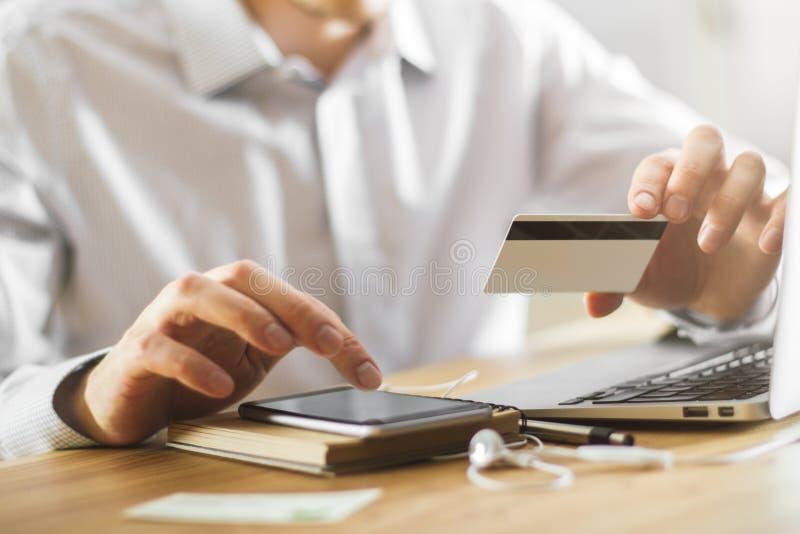 Concetto di Internet e di pagamento immagini stock