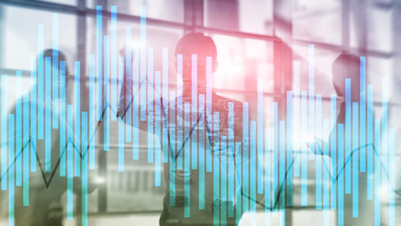 Concetto di investimento e di commercio con il grafico della candela, grafico finanziario sul fondo astratto vago del fondo immagini stock libere da diritti