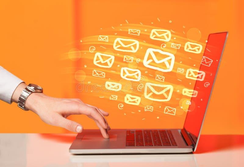 Concetto di invio dei email immagini stock libere da diritti
