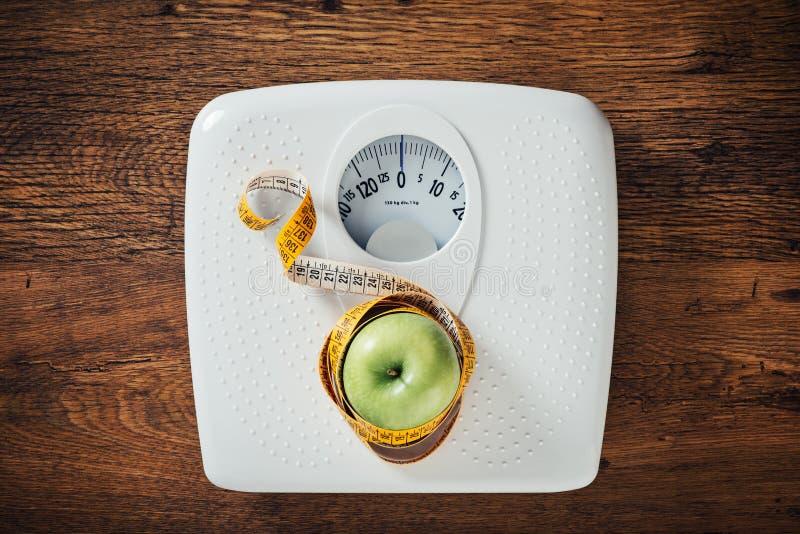 Concetto di perdita di peso e di forma fisica immagine stock