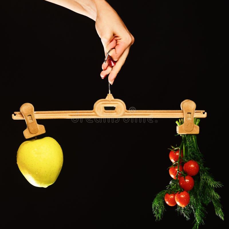 Concetto di perdita di peso e di azienda agricola Autunno e stile di vita sano immagine stock libera da diritti
