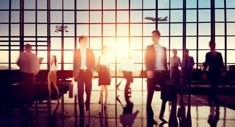 Concetto di permuta di camminata di viaggio d'affari dell'aeroporto immagine stock libera da diritti