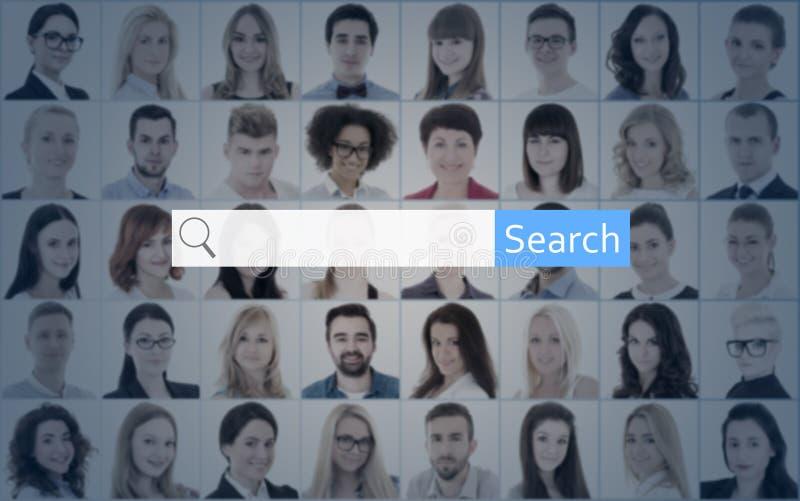 Concetto di ricerca di Internet - cerchi i ritratti della gente e della barra immagini stock libere da diritti