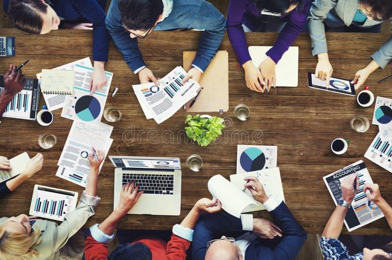 Concetto di riunione d'affari di contabilità di analisi di vendita fotografie stock