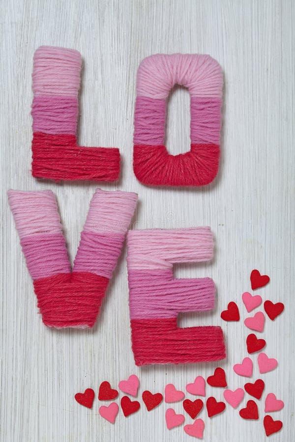 Concetto di San Valentino con amore delle lettere immagini stock libere da diritti