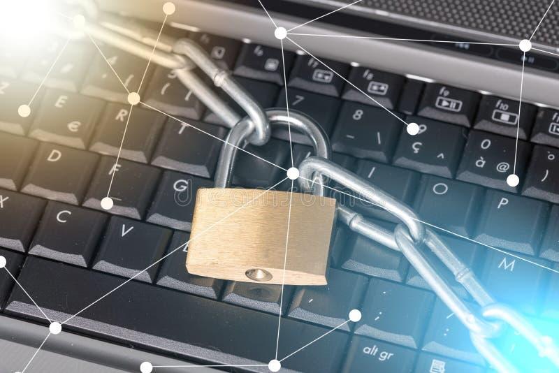 Concetto di sicurezza informatica, effetto della luce immagini stock libere da diritti