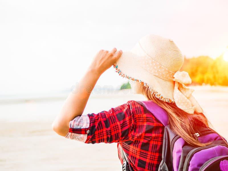 Concetto di vacanze estive e di viaggio immagine stock