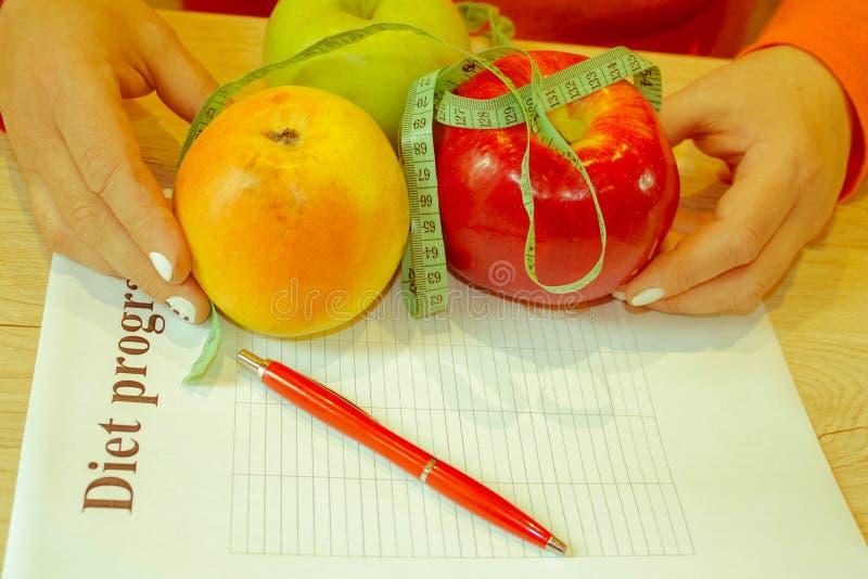 , Concetto, dieta, alimento, peso, perdita Tempo per il dimagramento di dieta immagini stock