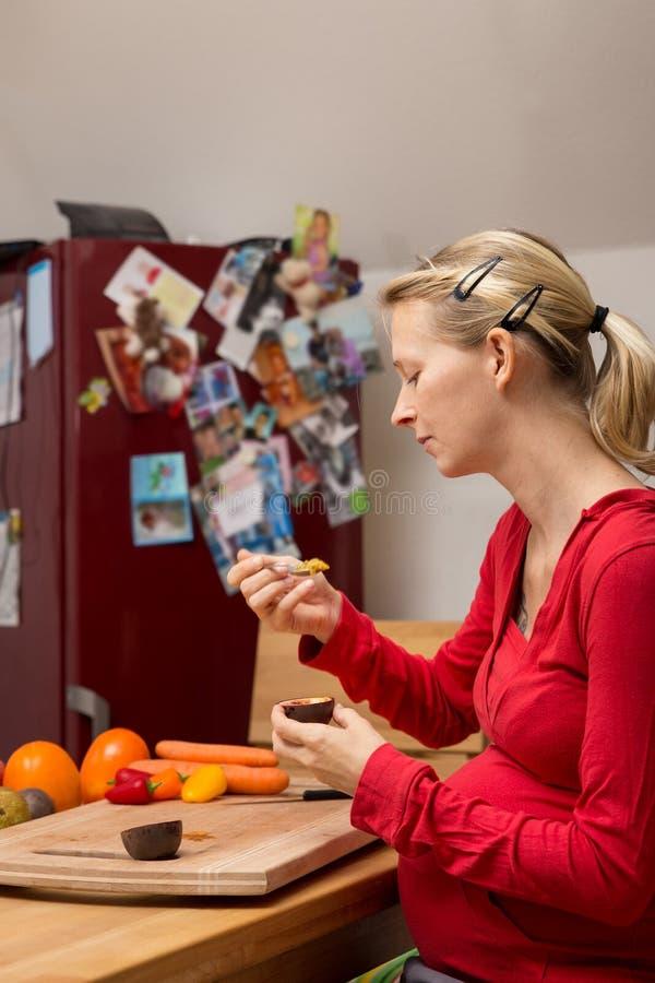 Concetto: dieta equilibrata circa le donne incinte immagini stock libere da diritti