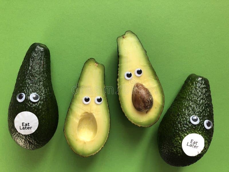 Concetto divertente creativo dell'alimento, avocado fotografie stock libere da diritti