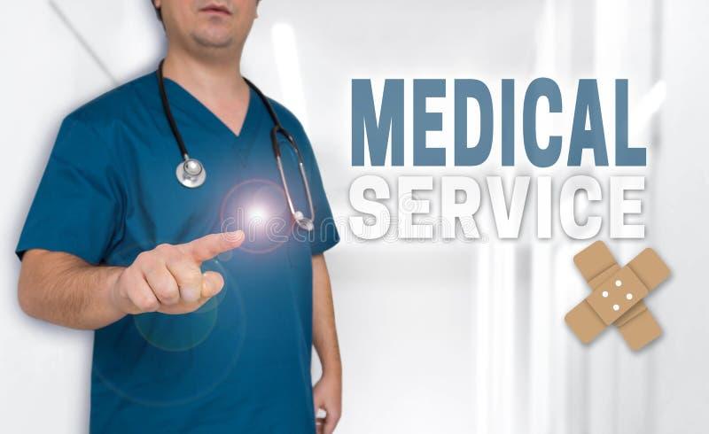 Concetto e medico di servizio medico con i pollici su fotografia stock