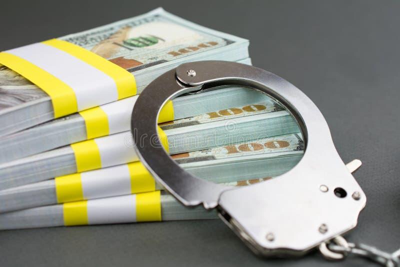 Concetto finanziario di frode della carta di crimine immagini stock