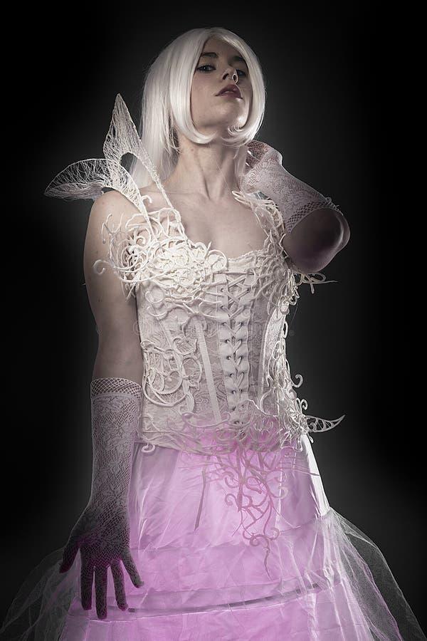 Concetto grazioso di fantasia, giovane donna sensuale con bianco d'annata v immagine stock libera da diritti