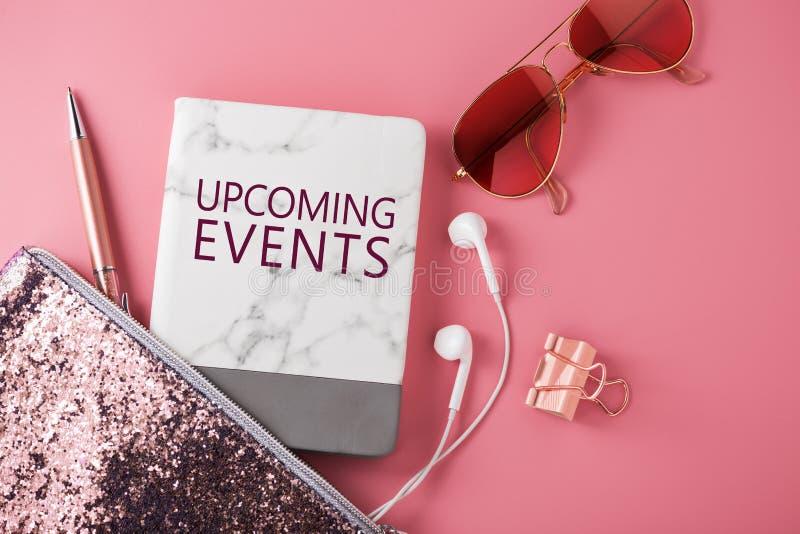Concetto imminente di eventi con gli accessori di modo immagine stock
