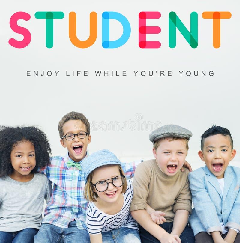 Concetto innocente dei giovani del bambino dei bambini dei bambini fotografia stock