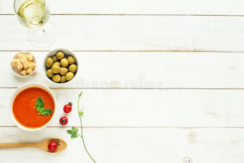 Concetto leggero del pasto di estate Copi lo spazio immagine stock libera da diritti