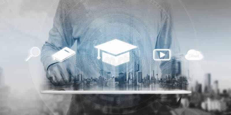 Concetto online di istruzione, di e-learning e del libro elettronico fotografie stock