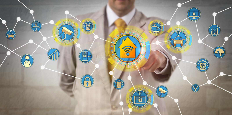 Concetto per IoT, la casa astuta e la computazione della nuvola immagini stock libere da diritti