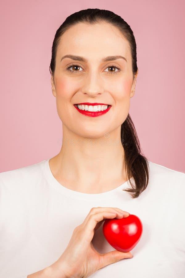 Concetto sano di cardiologia del cuore immagine stock libera da diritti